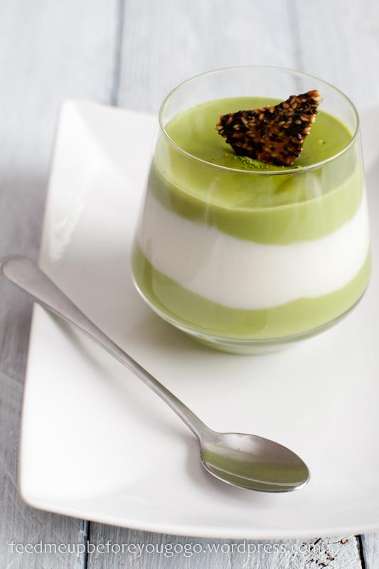 1_Matcha-Kokos-Pudding mit Sesam-Karamell