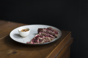 Entrecôte with Miso Dip